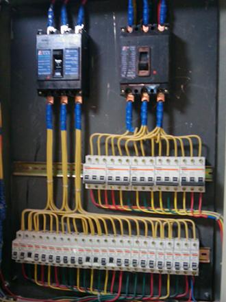 网吧装修设计电路设计